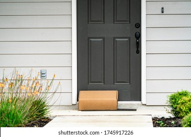 parcel at outside on wooden door