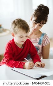 Parent is helping kid use and practice what he learn during ADHD therapy