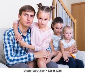 parents with two daughters making decision to split up