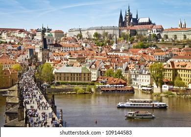 Pargue , view of the Lesser Bridge Tower of Charles Bridge (Karluv Most) and Prague Castle, Czech Republic.