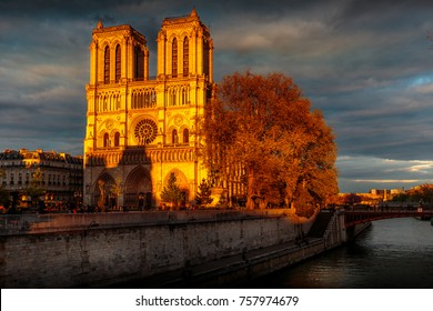 PARIS - APRIL 29, 2016: Notre Dame de Paris at sunset.