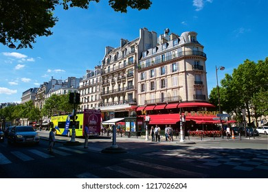 """Paris France 07 09 2016 The Montparnasse quarter became famous in the 1920's referred to the after war """"Crazy Years"""" and 1930's as the heart of intellectual and artistic life in Paris."""