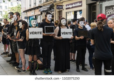 PARIS ,FRANCE- 27 May 2018: A group of people from the association L214, inform the passers-by, on the violence made to the animals, in a street of Paris.