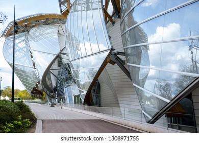PARIS, FRANCE - APRIL 10, 2018: The Fondation Louis Vuitton at the Bois de Boulogne