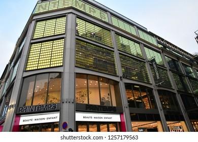 Paris; France - december 22 2017 : The Printemps in the boulevard Haussmann in the 8 th arrondissement