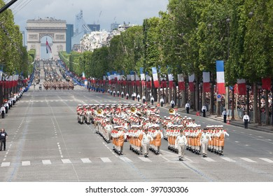 PARIS, FRANCE - JULY 14:Triumphal arch, walking in front of her Legion. France, July 14, 2012