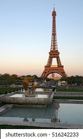 PARIS, FRANCE - JUNE 05, 2008: View of the Eiffel tower from the terraces and Trocadero square at sunset