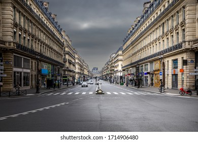 Paris, France - March 17, 2020: 1st day of containment because of Covid-19 at Opera Avenue near Opera Garnier