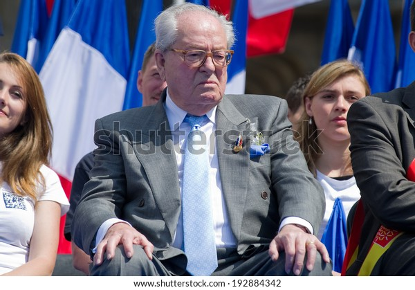 PARIS, FRANCE - MAY 1, 2011 : Jean-Marie Le Pen during the meeting of his daughter Marine Le Pen for the celebration of May 1