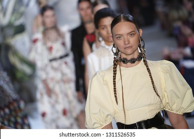 PARIS, FRANCE - OCTOBER 01: Models walk the runway finale during the Alexander McQueen Paris show as part of the Paris Fashion Week Womenswear Spring/Summer 2019 on October 1, 2018 in Paris, France.