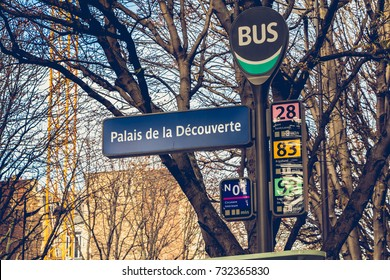 PARIS, FRANCE - October 07, 2017 : sign of the bus station Palais de la Découverte (Palace of discovery) in the 8th arrondissement of Paris, France