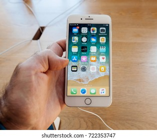 Royalty-Free Iphone 8 Plus Launch Stock Images, Photos