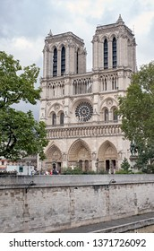 PARIS, FRANCE, SEPTEMBER 11, 2012. Peaceful view of Notre-Dame Cathedral. Notre dame is one of the most visited buildings of the world, placed on the center of the city.