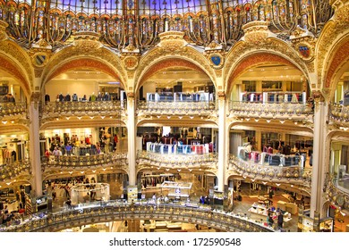 PARIS, FRANCE - SEPTEMBER 4   inside part of the famous Galeries Lafayette  with it s 087269f9306