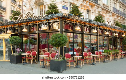Paris, France-December 05, 2016: The famous restaurant Le Dome decorated for Christmas located on Montparnasse  boulevard .It was once home for to intellectual stars , from Hemingway to Picasso.