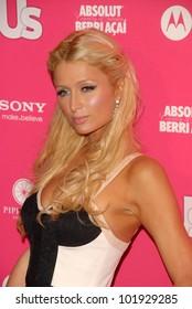 Regardez Fellation célèbre de Paris Hilton + éjaculation de son copain + avale sur le meilleur site porno hardcore.