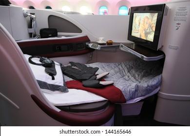 PARIS - JUN 17: Business Class Bed of Qatar Airways Boeing 787 Dreamliner shown at 50th Paris Air Show on June 17, 2013, Paris, France.