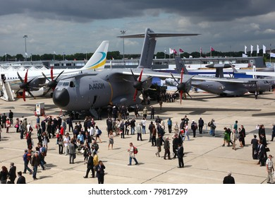 PARIS - JUN 23: Airbus A400M on display during Paris Air Show 2011 on June 23, 2011 in Paris, France.