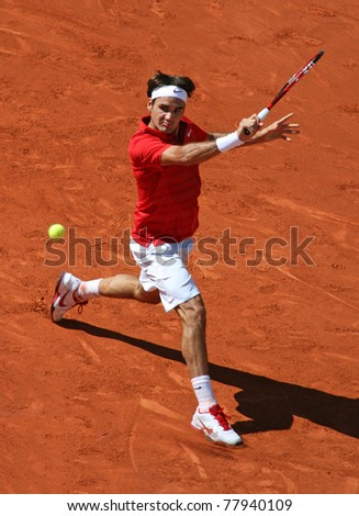PARIS - MAY 23: Roger Federer of Switzerland plays the 1st round match at French Open, Roland Garros on May 23, 2011 in Paris, France.