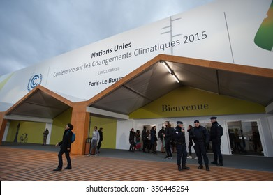 PARIS - NOVEMBER 29: French police stand guard as delegates approach the main hall of the COP21 United Nations climate summit in Paris, France, November 29, 2015.