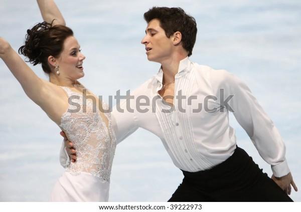 PARIS - OCTOBER 17: Tessa Virtue and Scott Moir of Canada perform free dance at Eric Bompard Trophy at Palais-Omnisports de Bercy October 17, 2009 in Paris, France.