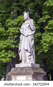 Paris. The sculpture decorating the Luxembourg garden