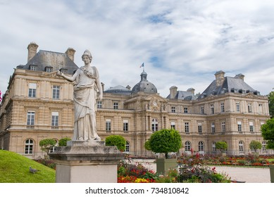 Paris, the Senat in the Luxembourg garden, french institution
