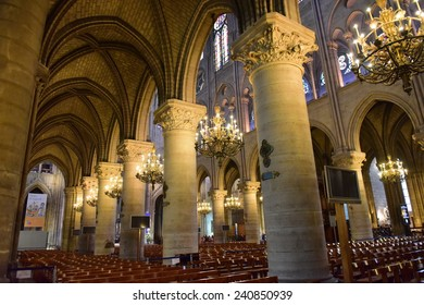 PARIS - SEPTEMBER 24: Majestic interior of the famous Notre Dame de Paris Cathedral, taken on September 24, 2014 in Paris, France
