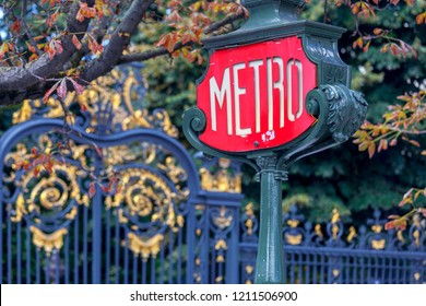 Paris. Subway sign.