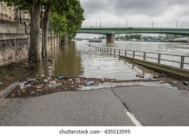 PARIS (Voies Georges Pompidou), FRANCE - JUNE 3, 2016 : Road on the banks of the Seine submerged by the flood when the river reached 6.10 m.
