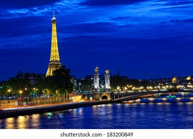 PARIS,FRANCE - SEPTEMBER 30,2012: Eiffel tower at night. Night in Paris with Eiffel tower, most visited monument of France with 200.000.000 visit
