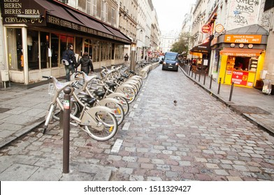 PARIS,FRANCE-NOV.17:Shared bikes are lined up in the streets of Paris on the 17th november 2009 in Paris,France. The successful Velib service, launched in July 2007, has over 1,230 stations and 14,000