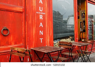 Parisian bistro at the start of the day