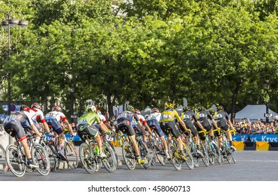 PARIS-JUL 24: Team Sky with Froome in Yellow Jersey in the peloton passing by the Arch de Triomphe on Champs Elysees in Paris during the latest stage of Tour de France 2016.