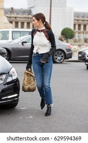 PARIS-MARCH 2, 2017.Street style during Paris fashion week.Ready to wear.