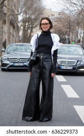 PARIS-MARCH 3, 2017. Street style fashion during Paris fashion week. Ready to wear.