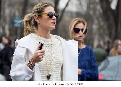 PARIS-MARCH 9, 2015. Brazilian Style blogger Helena Bordon posing for photographers.Paris Fashion week.