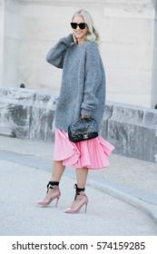 PARIS-OCTOBER 1, 2015. Dutch fashion blogger Charlotte Groeneveld is going o a fashion show. Paris fashion week. Ready to wear.