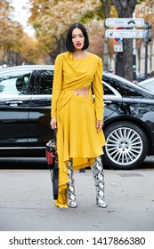 PARIS-OCTOBER 2, 2018.Street style meanwhile Paris fashion week. Ready to wear.