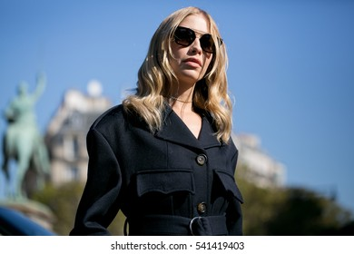 PARIS-OCTOBER 5, 2016. Elena Perminova during the Paris fashion week.Ready to wear.