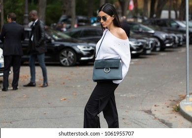 PARIS-SEPTEMBER 27, 2017. Street style meanwhile Paris fashion week. Ready to wear