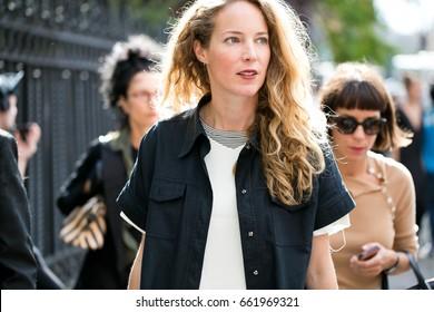 PARIS-SEPTEMBER 28, 2016. Street style during Paris fashion week, Ready to wear.