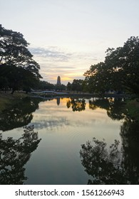 Unretouched sunset in ancient historical Ayutthaya park