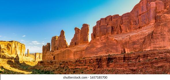 Park Avenue Trailhead view in Arches National Park, Moab, Utah