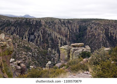 The park of Chiricahua, erosion of rocks - Arizona - the United States