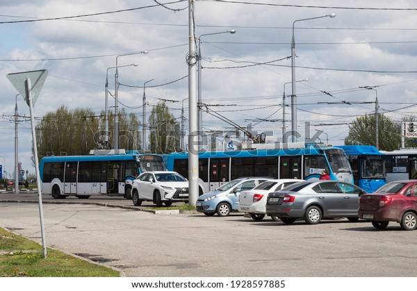 parking-trolleybuses-cars-among-street-6