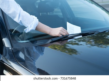 Parking violation ticket fine on the windshield