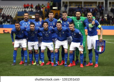 soccer player line up Images, Stock Photos & Vectors | Shutterstock