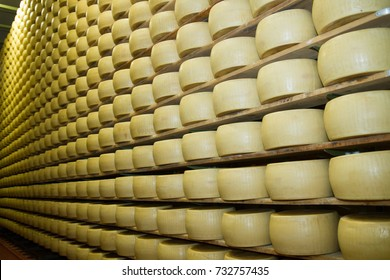 parmesan storage cells and ripening cheese parma italia