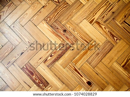 Parquet wooden floor showing herringbone pattern stockfoto jetzt